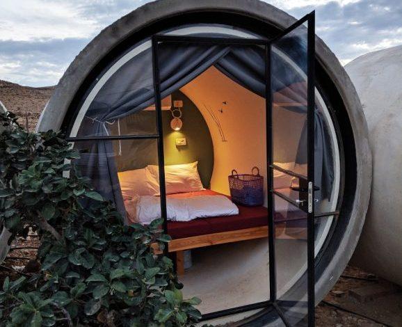 Capsule hotel in the desert
